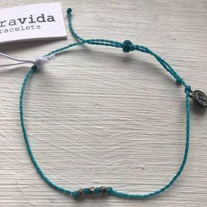 Jewelry - Delicate 3 Bead Pura Vida Bracelet
